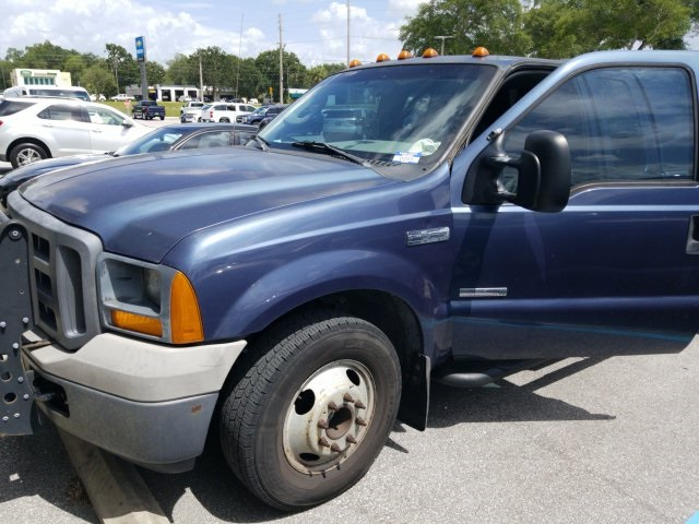 Pre-Owned 2005 Ford F-350SD XL