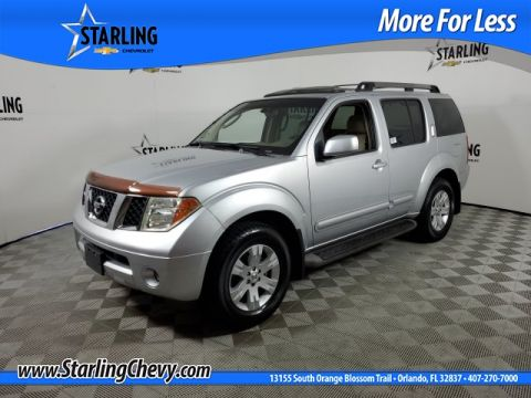 Pre-Owned 2005 Nissan Pathfinder LE